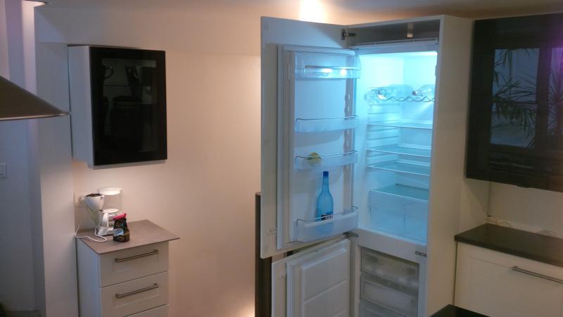 cozinha: geladeira grande
