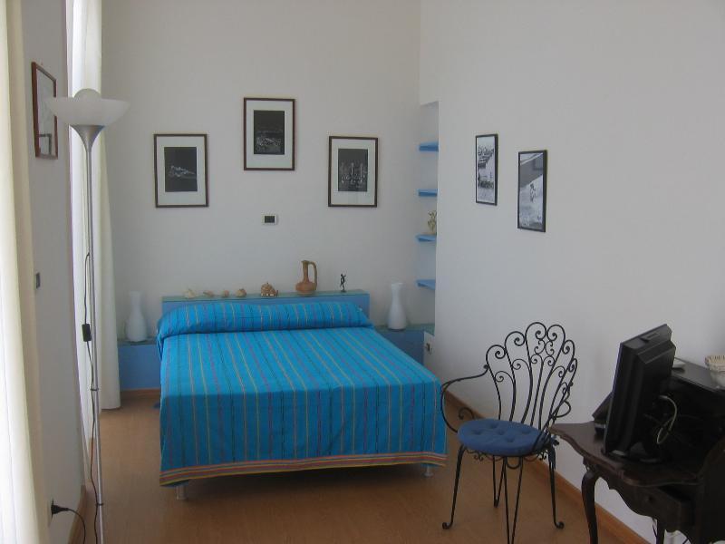 APPARTAMENTO AZZURRO, vacation rental in Panza