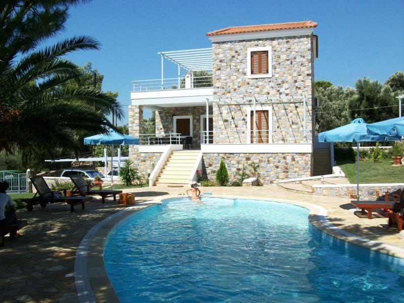 Sellados Beach Villas, location de vacances à Vatera