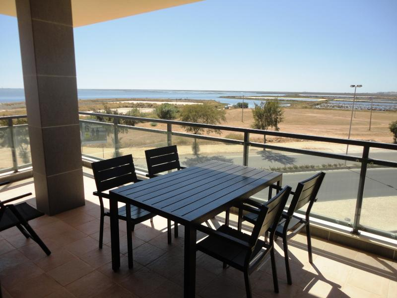 Olhao Real Marina Village, 11, holiday rental in Olhao