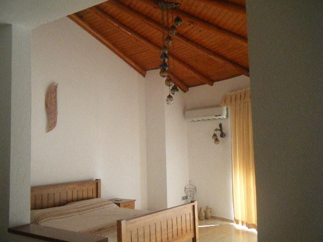 decorative ceiling in master bedroom