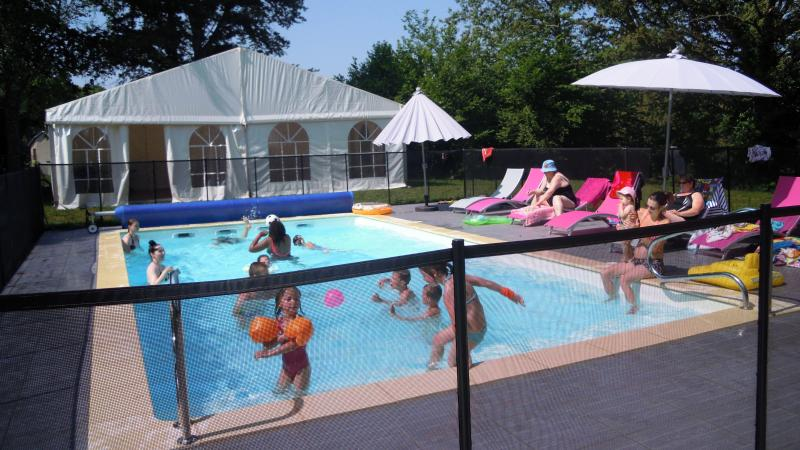 PIERREETCOTTAGES, vacation rental in Saint-Sornin-Leulac
