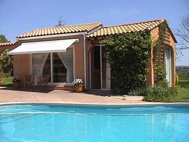 Pool House, Near Pezenas and Clermont L'Herault, holiday rental in Pezenas