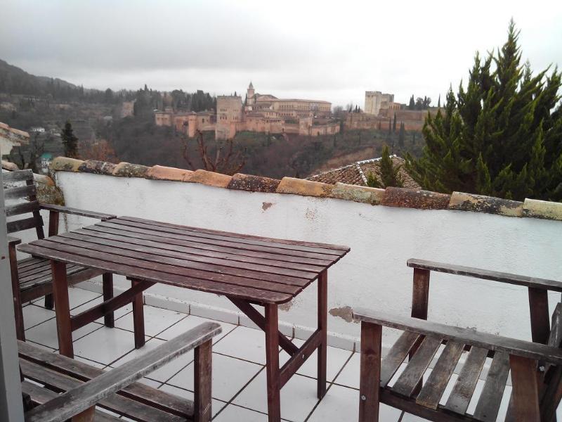 Terrasse avec vue sur l'Alhambra et l'ALBAYZIN