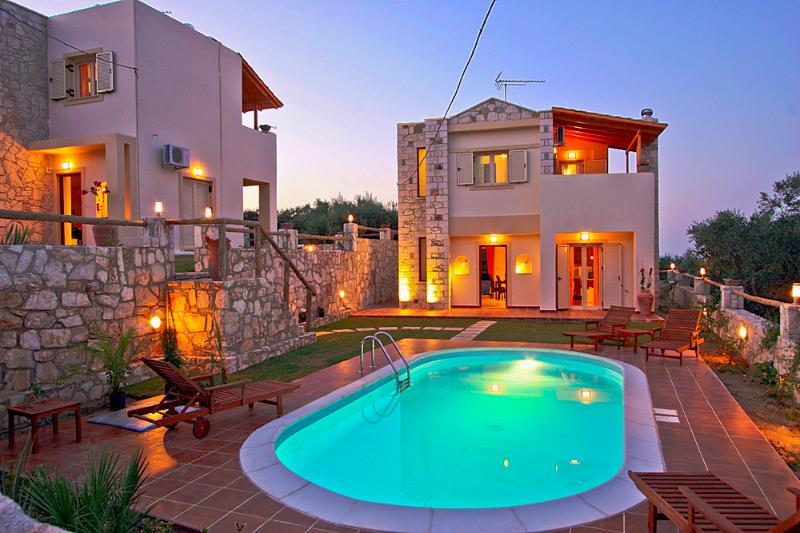 Exterior - Private Pool