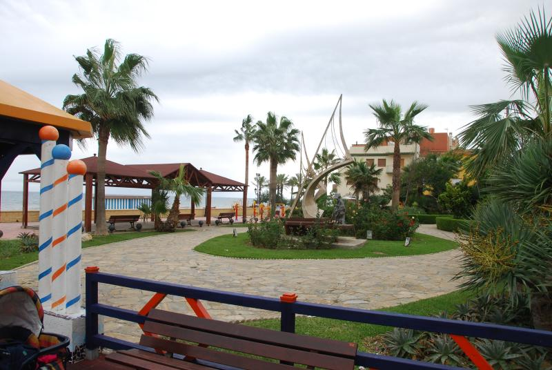 Childrens play area. On the beach in Sabinillas.  5 mins 1 Kilometre of seafront bars/restaurants.