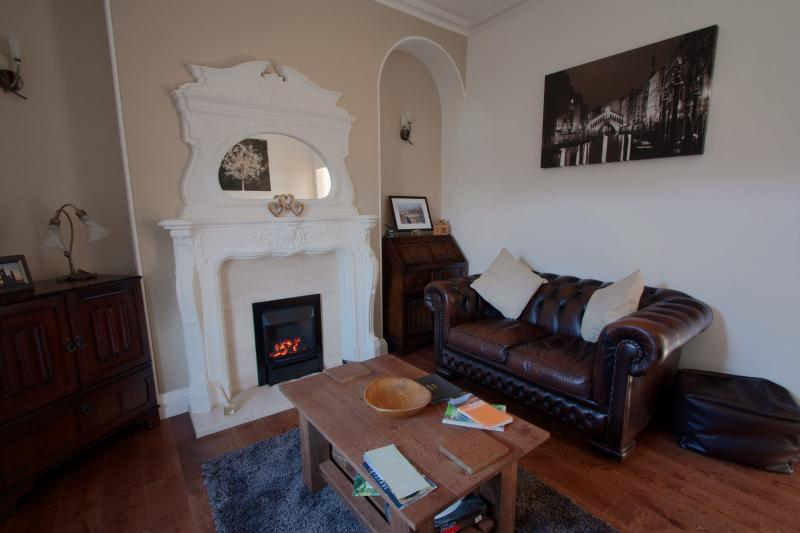 SITTING ROOM WITH PERIOD FIRE PLACE