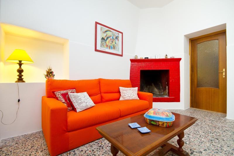 Grandma Lica's house Sant'Antioco, holiday rental in San Giovanni Suergiu
