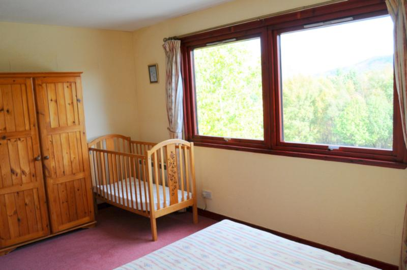 Spacious family bedroom at Lynwood