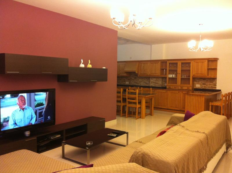 Kavall Apartments, vacation rental in Bahar ic-Caghaq
