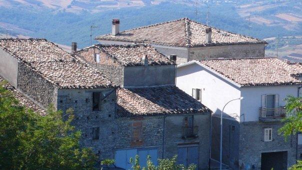 i tetti del paese dalla terrazza
