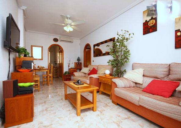 This spacious & cosy Holiday Apartment comes fully furnished with access to 3mg Wireless Broadband.
