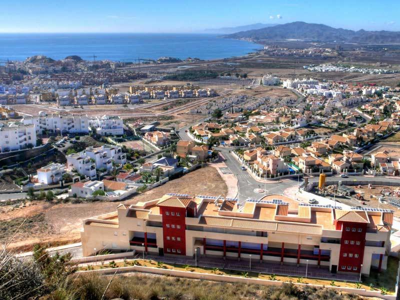 3H Almadraba, Super family apartment with sea views, communal pools, WIFI etc, alquiler de vacaciones en Pulpí