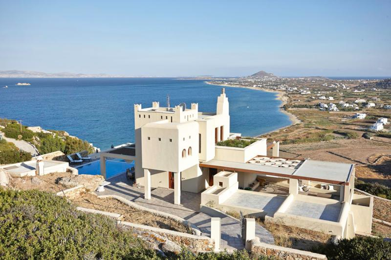 Villa 'Tower'  infinity Pool - Private Manor House 14 guests., holiday rental in Naxos Town