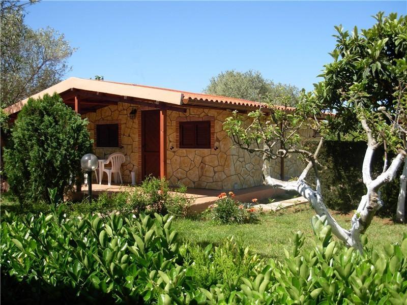 Alghero Maison Corail, holiday rental in Olmedo