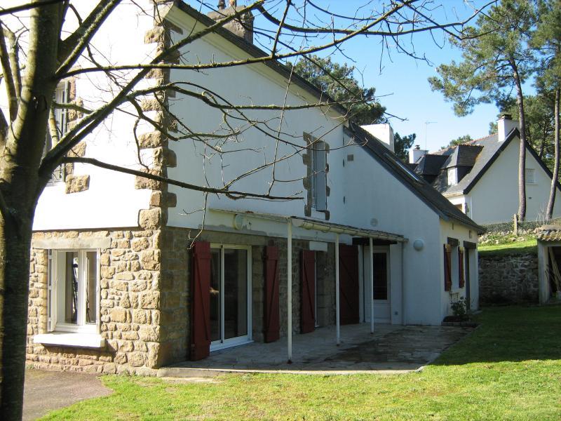 Villa KEREVN 6 ch 11-12 pers -1100 m² de jardin clos, location de vacances à La Trinite-sur-Mer