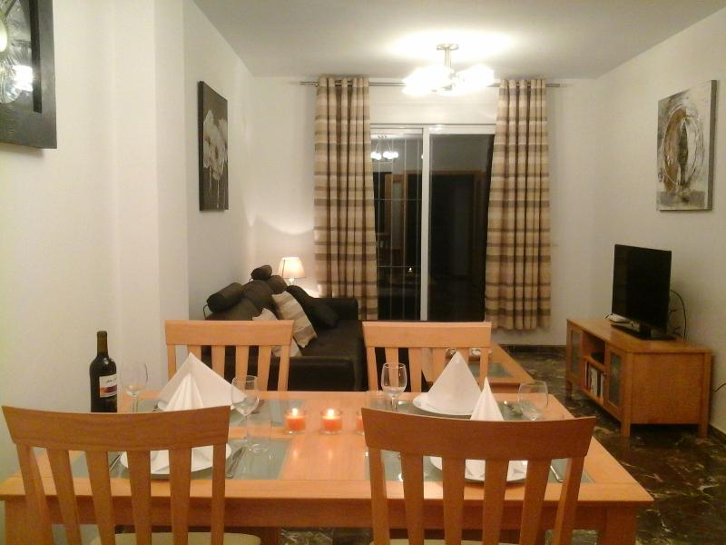 Lounge and dining room ..