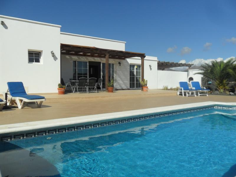 Villa Emilanya with large private secure walled terrace, electric heated private pool, wifi & uk tv.