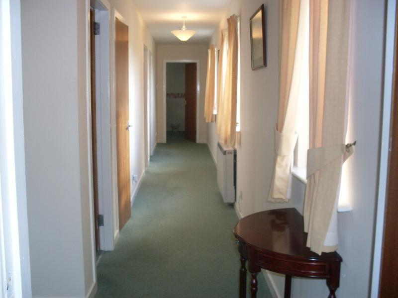 Main hall to bedrooms