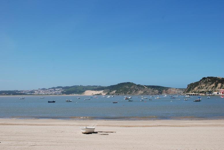 Sao Martinho Porto bay