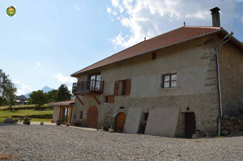 gîte 'le grand morgon', holiday rental in Crots
