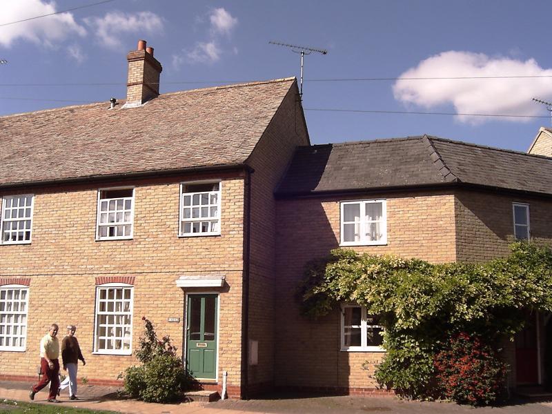 7 Lisle Lane, holiday rental in Cambridgeshire