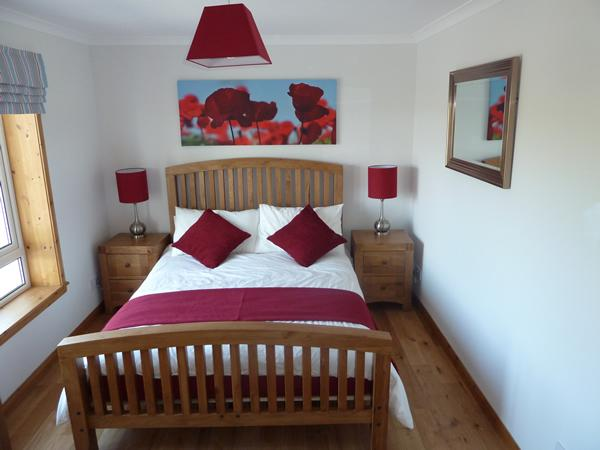 King size bedroom with ensuite wet room