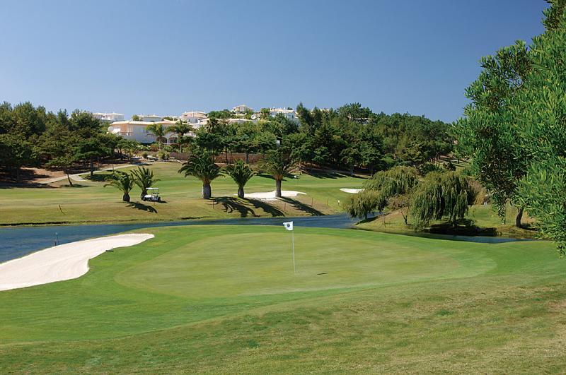 Parque da Floresta Golf Course