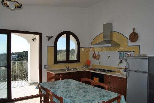 Apt for 2 in front of the sea, vakantiewoning in Cala Liberotto