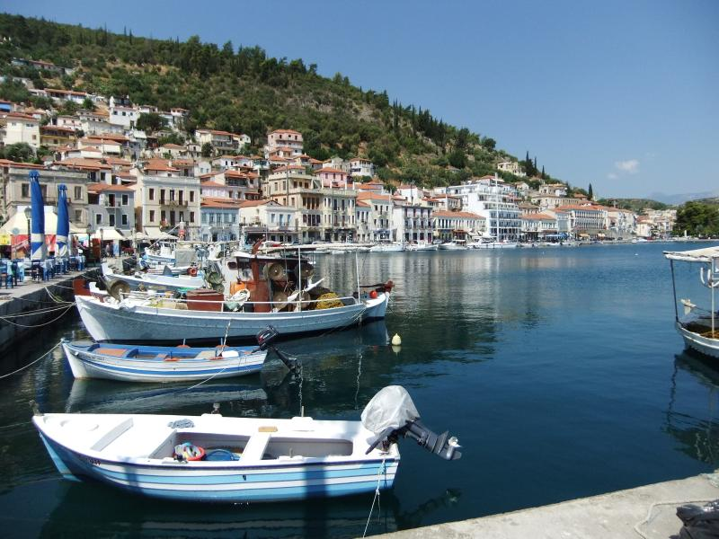 Gythion; town 10 minutes away from villa Polyorea with restaurants, bars, shops and a nice harbor.