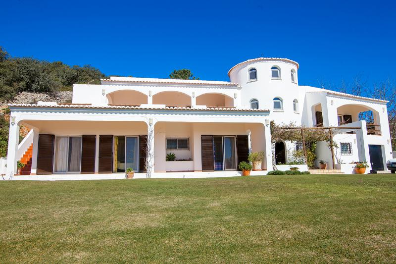 The front view of Casa Estrela showing bedrooms 2,3 and 4 opening onto the lawn