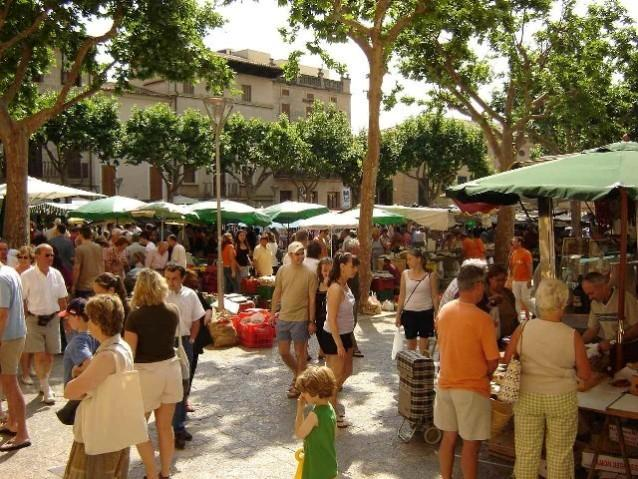 Market day in Pollensa