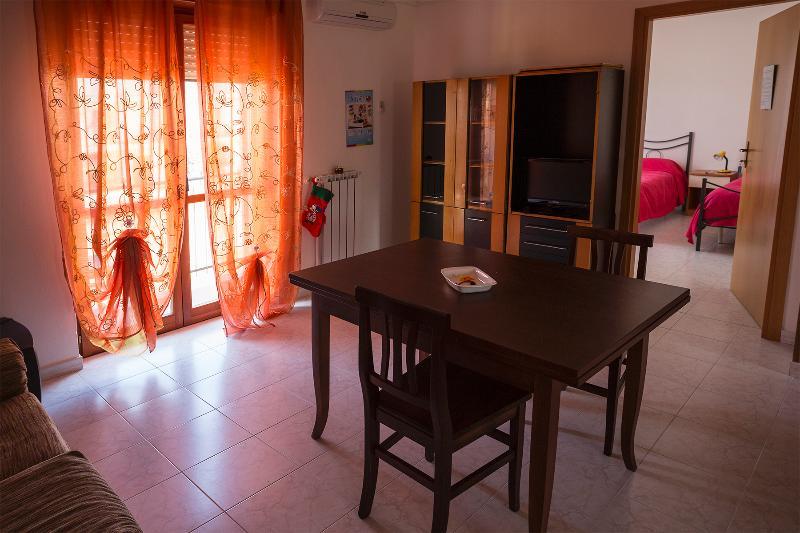 casa vacanze isabella(bosco pantano), holiday rental in Armento