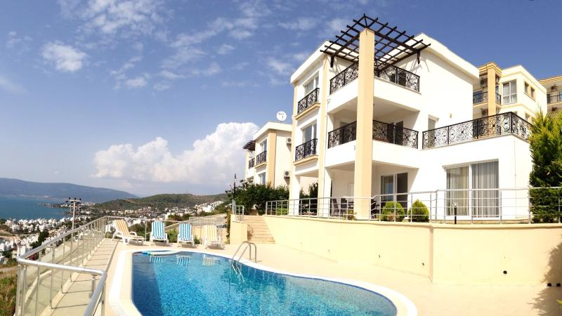 Sea Breeze Villa, location de vacances à Ozdere
