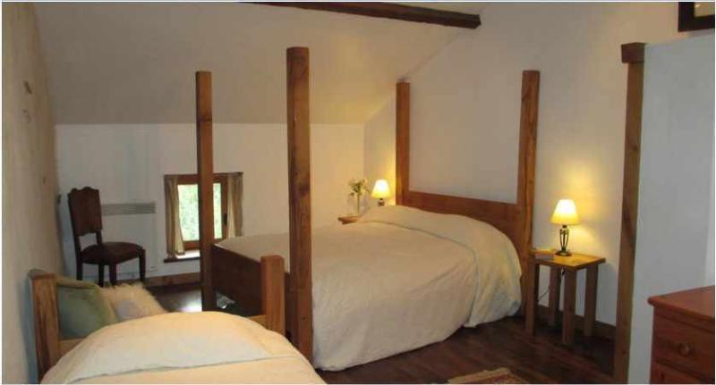 Bedroom 4 poster bed