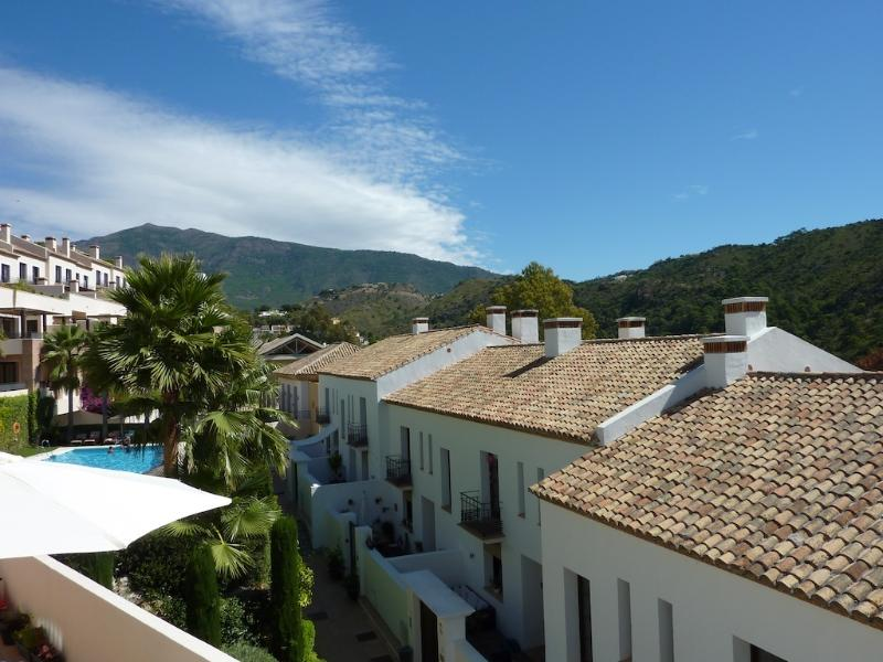 Beautiful El Casar in Benahavis, holiday rental in Benahavis