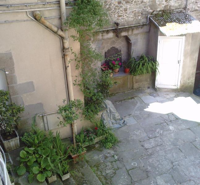 Private yard, closed, sunny, and calm
