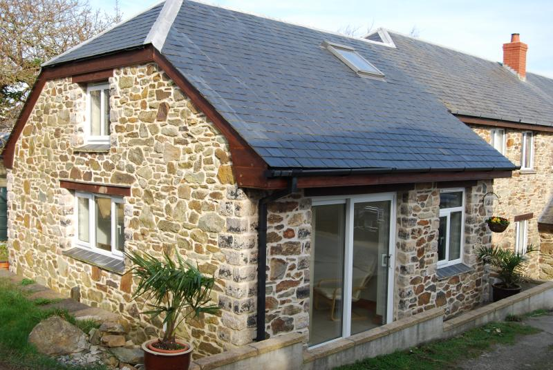 Barn Coombe Cornish Stone Apartment