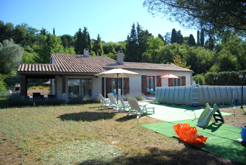VILLA EN PAYS CATHARE, holiday rental in Moussoulens