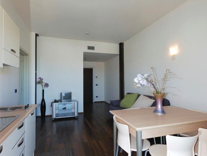 Vista appartamento cucina - salotto