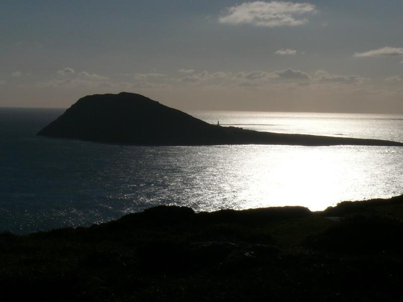Bardsey Island come visto da Uwchmynydd che è di circa 10 miglia di distanza