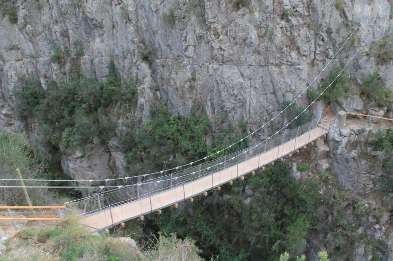 Bridge Bridge over Turia river, at 'Los Pantaneros' path 1 top view