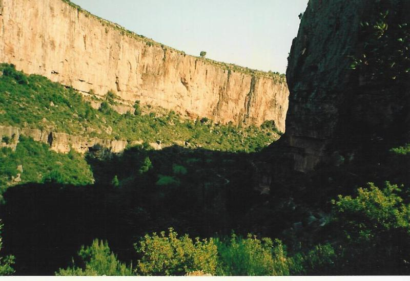 Turia river Canyon from El Charco Azul path