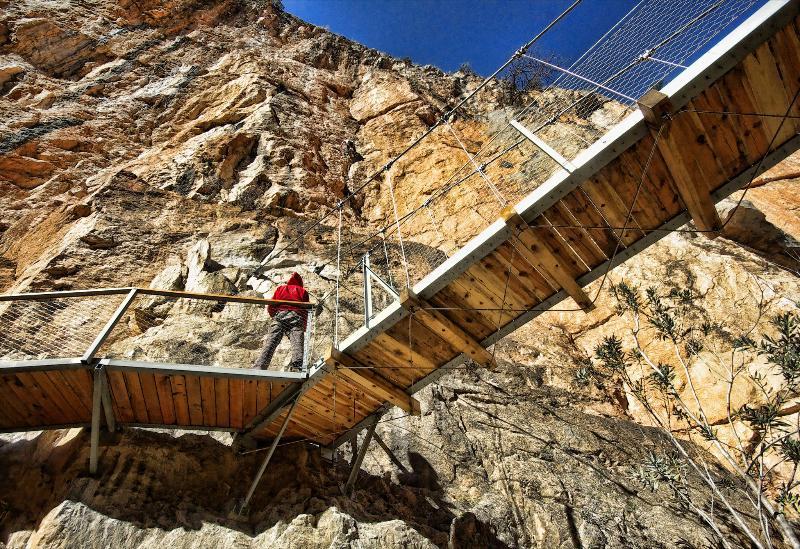 Climbing area 'El Oasis'.