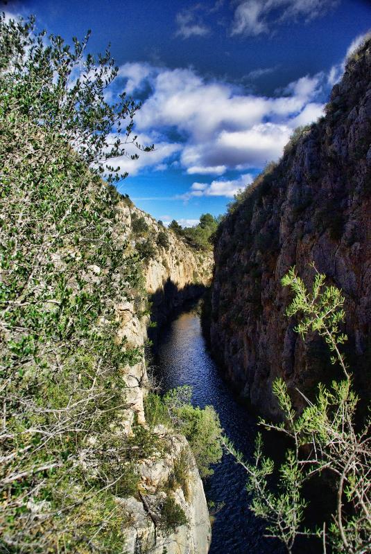 Turia river canyon