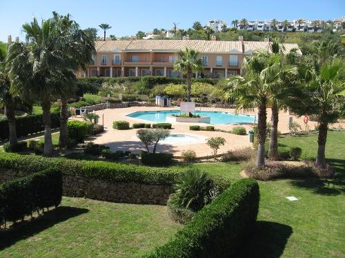3bed Town Houses El Paraiso  sleeps up to 6, vacation rental in Estepona