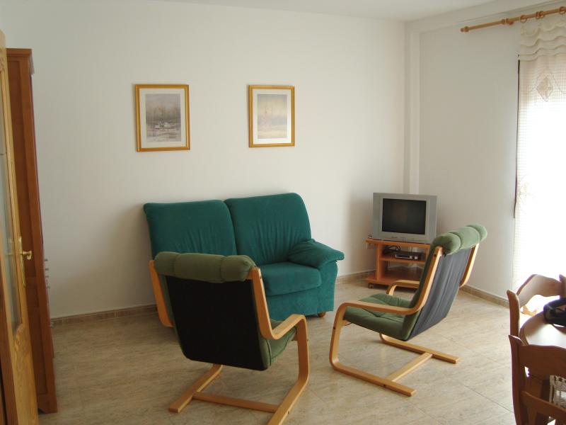 Living room, view 2