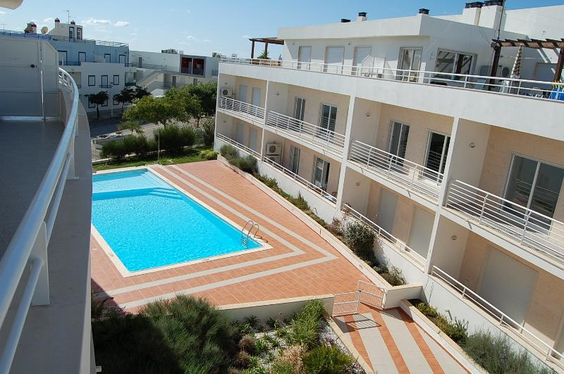 The shared pool and the apartment at the top