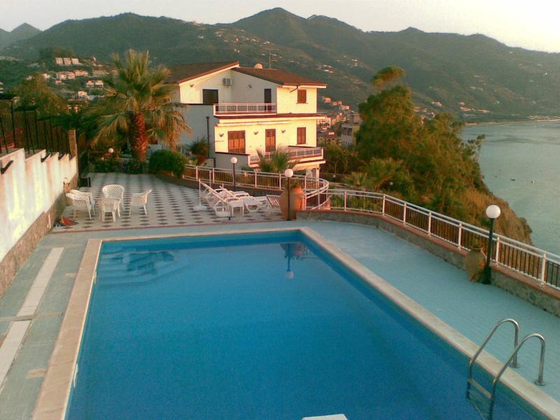 piscina con panorama