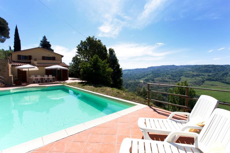 Swimming pool of Villa Casa al Pino in Riparbella, Tuscany for Relax holiday